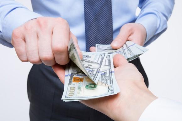 paying-cash_large